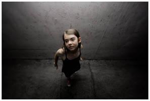 Dancer in the dark by tielkric