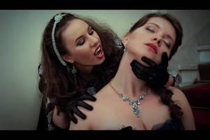Vampire's Kiss by filatoff