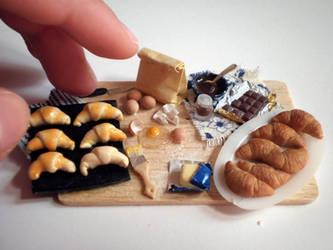Croissants prep board - size by vesssper