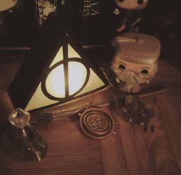 [DIY] Deathly Hallows Lantern by SweetLittleVampire
