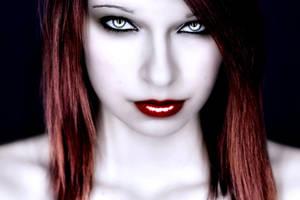 Vampire Salvaje-Deadly Beauty by Darkest-B4-Dawn