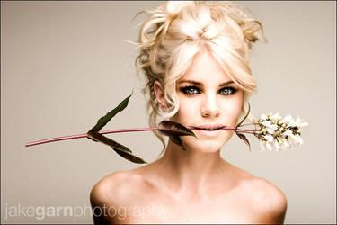 Horizontal Flower by jakegarn