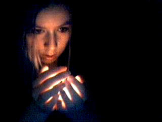 dark light... by RiejuGrL