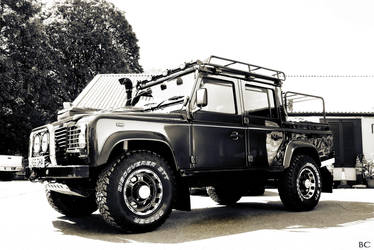Land Rover Defender by horai