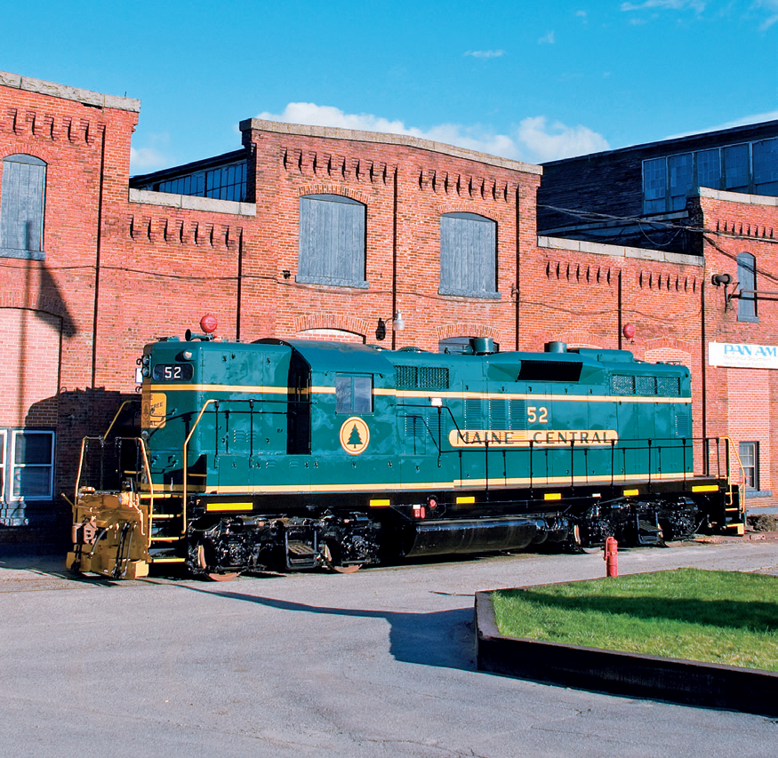 Maine Central GP9 52 by mabmb1987