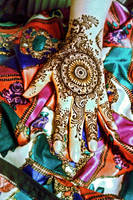 Bright colours. And henna. by cydienne
