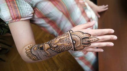 Egypt-inspired henna by cydienne