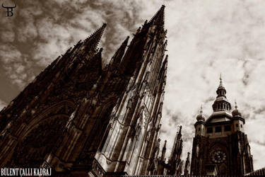 St. Vitus Cathedral in Prague by bulentcalli