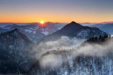 Freezing Air by MindShelves