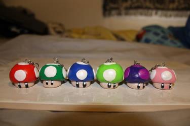 Mario Mushroom Keychains by KaedaNiobe