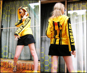 -Bumblebee Jacket- by SeishinKibou