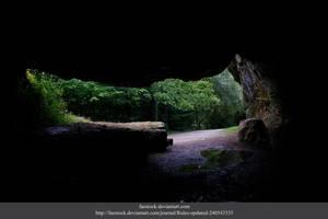 Irish Cave by faestock