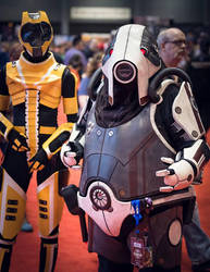 Volus and Salarian Cosplay @ C2E2 2014 by blackleafcreative
