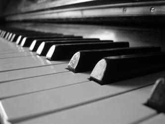 Piano and piano... by excence