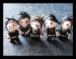 Black Veiled Brides by Shiritsu
