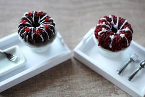Polymer Clay Bundt Cake by Shiritsu