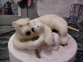Polar Bears by Speezi