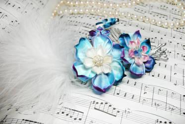 Blue Love. Hand Dyed Lotus. by hanatsukuri