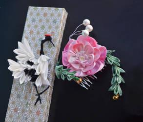 Peony and Dancing Crane Kanzashi. Tsumami Zaiku. by hanatsukuri