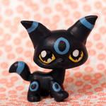 Shiny Umbreon LPS custom by pia-chu