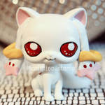Kyubey (from Madoka Magica) LPS custom by pia-chu
