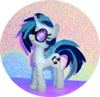 DJ Pon3 or Vinyl Scratch by PonyCrafter