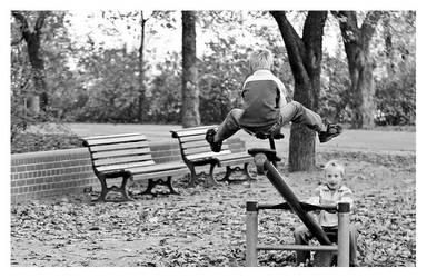 a flying boy by Suzie006
