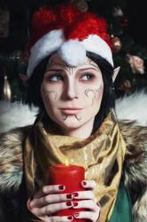 Christmas Merrill - Dragon Age II cosplay by LuckyStrikeCosplay