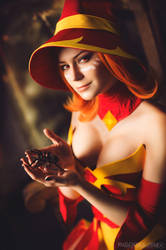Halloween Lina - Dota 2 cosplay by LuckyStrikeCosplay