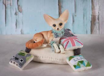 the fox's nest by Keila-the-fawncat