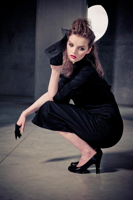 Paula V by ladyang