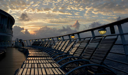 Sunset at Sea by abelamario