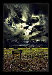 Manzanar, BLDG 3 by dchui