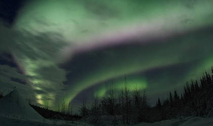 Colourful Northern Lights by inugirl33