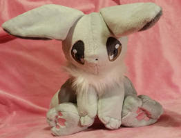 Shiny Eevee plush by zukori