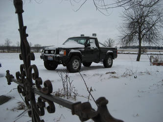 First Snow in Ohio '07 by LtGIR