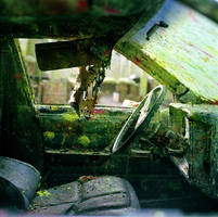 inside of a paintball car by pirennefneoman