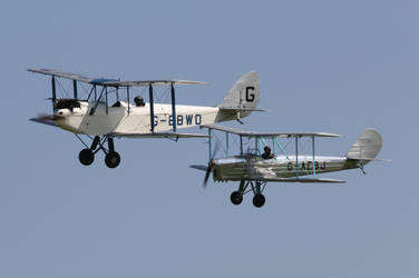 DH60X and B-2 by james147741