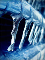 Icicles by thenSir