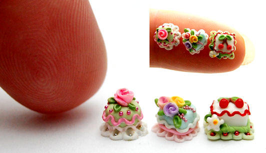 QUARTER SCALE CAKE TRIO by WEE-OOAK-MINIATURES