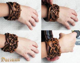 Women's bracelet watch vintage style . by DaryNoppera