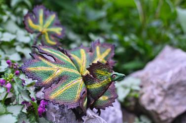Small grape dragon by murosvur