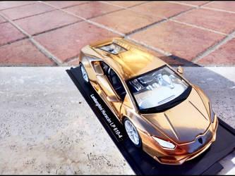 Lamborghini Uracan Gold by GiuseppeIlSanto