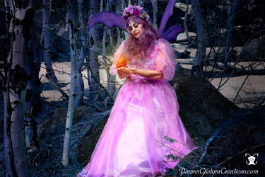 Fairyglow1 by dawnsattire