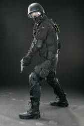 SWAT pistol 1 by Blaq-Unicorn