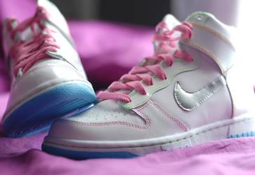 Nela Candy Nike Two by msabas