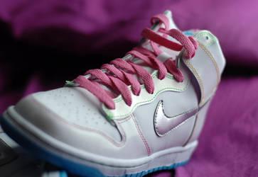 Nela Candy Nike Four by msabas
