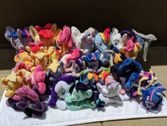 Wow so many horse plush by TheNoTalentLoser