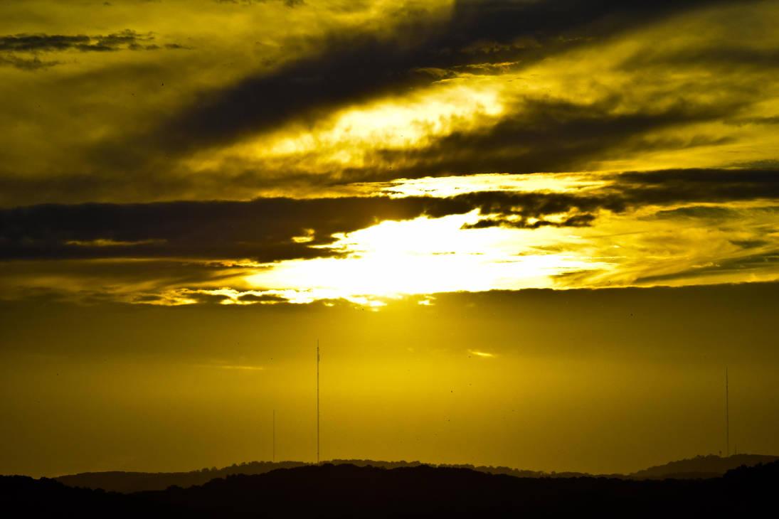 Golden Sun by Hero-Ritsuka