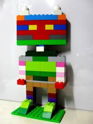 My 10th LEGO Build: Humanoid Figure #1 by takeshimiranda